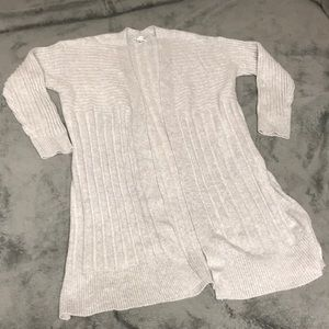 Croft &Barrow long grey sweater Size L EUC